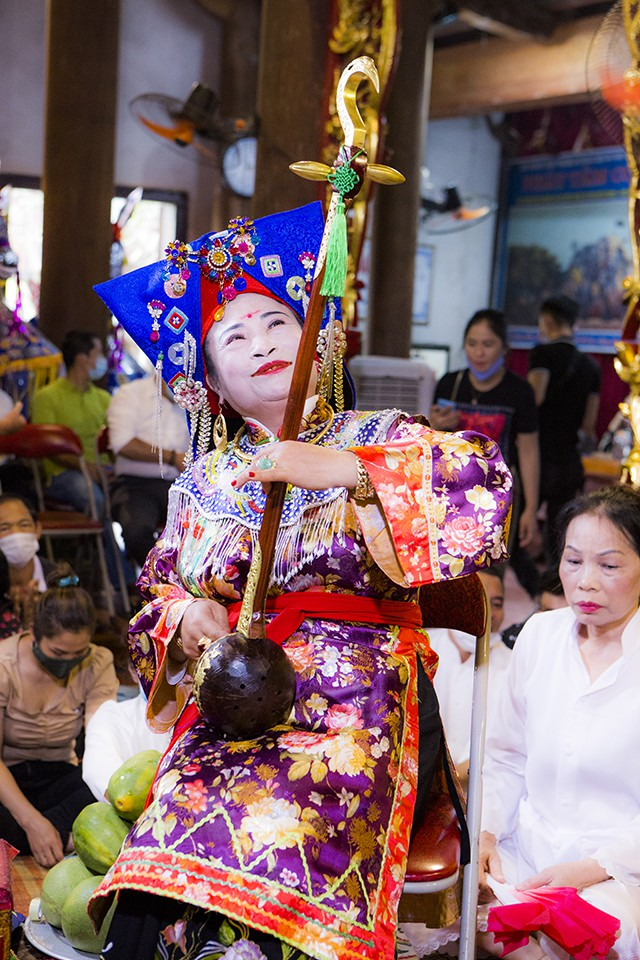 https://vanhoavaphattrien.vn/uploads/images/2021/07/07/nghe-nhan-nguyen-thi-thuan-1-1625648925.jpg